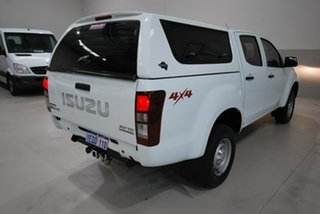 2015 Isuzu D-MAX SX Crew Cab Utility.