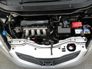 2008 Honda Jazz VTi Hatchback.