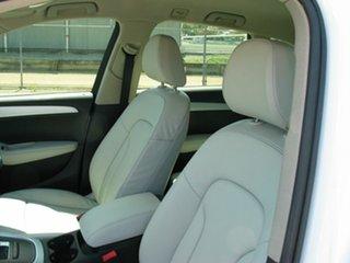 2010 Audi Q5 2.0 TDI Quattro Wagon.