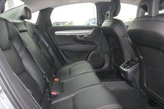 2018 Volvo S90 D4 Geartronic Momentum Sedan.