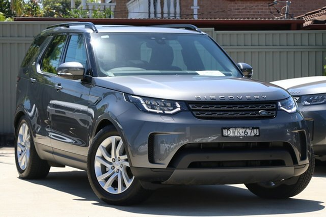 Demonstrator, Demo, Near New Land Rover Discovery TD6 SE, Blakehurst, 2017 Land Rover Discovery TD6 SE Wagon