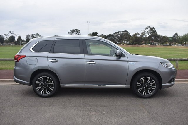 Demonstrator, Demo, Near New Mitsubishi Outlander PHEV AWD Exceed, Nailsworth, 2018 Mitsubishi Outlander PHEV AWD Exceed Wagon