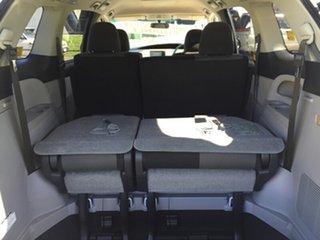 2006 Toyota Estima S PACK Campervan.