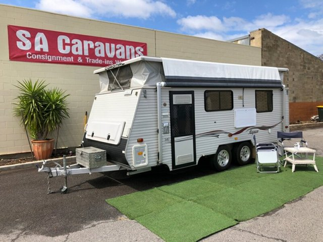 Used Coromal Magnum 547 with Shower/Toilet, Klemzig, 2010 Coromal Magnum 547 with Shower/Toilet Pop Top