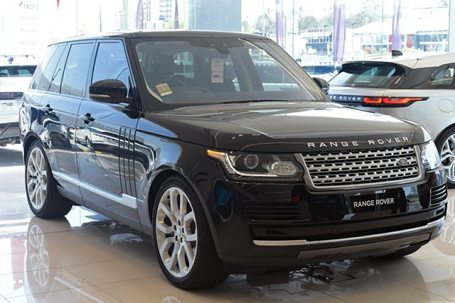 Demonstrator, Demo, Near New Land Rover Range Rover SDV8 Vogue, Southport, 2017 Land Rover Range Rover SDV8 Vogue Wagon