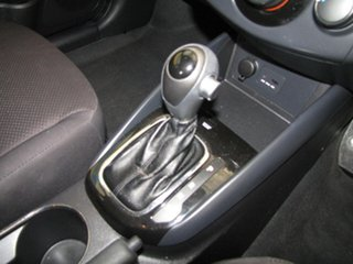 2010 Kia Cerato S Sedan.