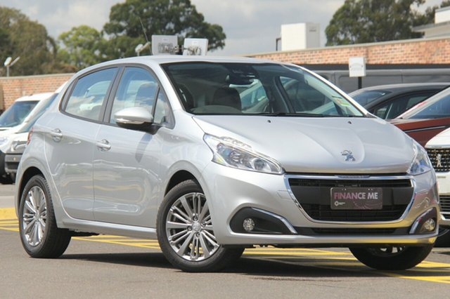 Discounted Demonstrator, Demo, Near New Peugeot 208 Active, Southport, 2018 Peugeot 208 Active Hatchback