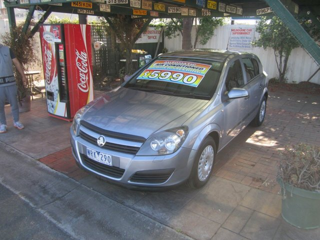 Used Holden Astra CD, Cheltenham, 2004 Holden Astra CD Hatchback