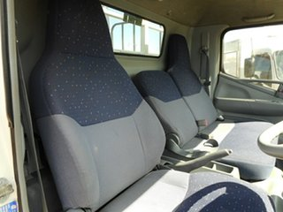 2007 Mitsubishi Canter Traytop.