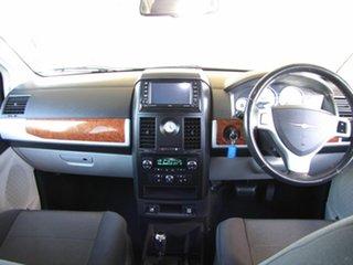 2009 Chrysler Grand Voyager Touring Wagon.