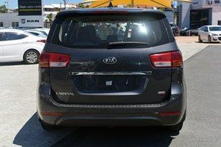 2015 Kia Carnival S Wagon.