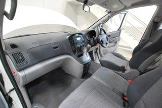 2011 Hyundai iLOAD Van.