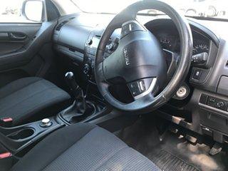 2016 Isuzu D-MAX SX Crew Cab Cab Chassis.