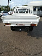 2015 Toyota Hilux SR (4x4) Double Cab Chassis.