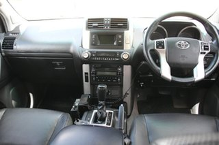 2009 Toyota Landcruiser Prado VX Wagon.