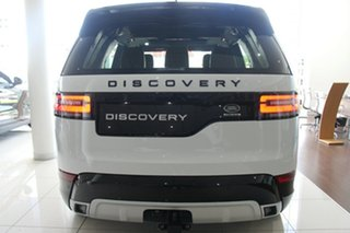 2018 Land Rover Discovery SD6 HSE Wagon.