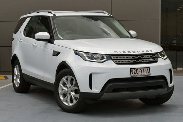 Demonstrator, Demo, Near New Land Rover Discovery SD4 SE, Southport, 2018 Land Rover Discovery SD4 SE Wagon