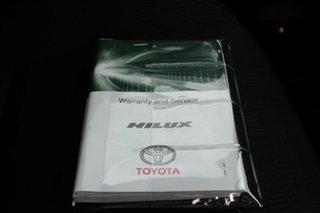 2015 Toyota Hilux SR5 (4x4) Dual Cab Utility.