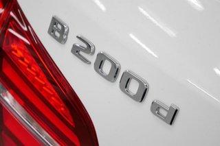 2017 Mercedes-Benz B200 d DCT Hatchback.