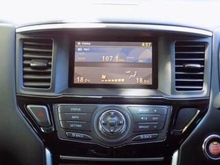 2015 Nissan Pathfinder ST X-tronic 4WD Wagon.