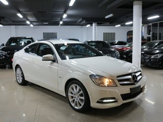 2011 Mercedes-Benz C180 BlueEFFICIENCY 7G-Tronic + Coupe.