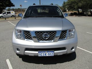 2006 Nissan Pathfinder ST-L Wagon.