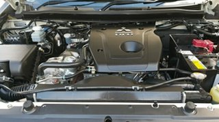 2016 Mitsubishi Triton GLX (4x4) Club Cab Chassis.