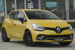 2017 Renault Clio R.S. 200 EDC Cup Hatchback.