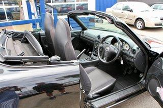 2001 Mazda MX-5 Convertible.