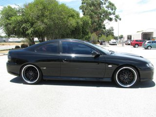 2002 Holden Monaro CV8 Coupe.