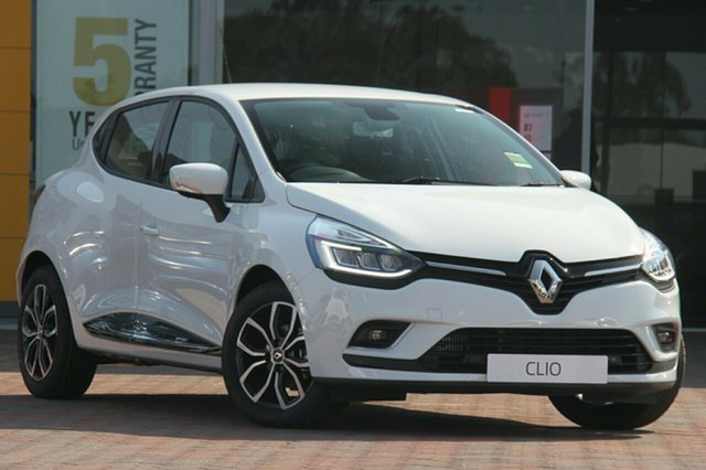 Discounted New Renault Clio Zen EDC, Southport, 2018 Renault Clio Zen EDC Hatchback