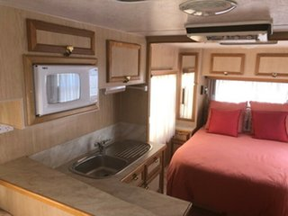 2003 Traveller Hurricane 19' with Air Cond. Caravan.
