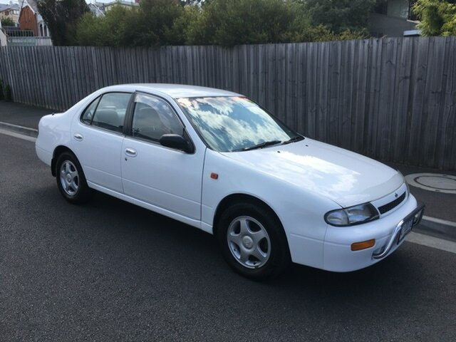 Used Nissan Bluebird LX, North Hobart, 1994 Nissan Bluebird LX Sedan