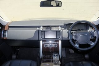 2014 Land Rover Range Rover TDV6 Vogue Wagon.