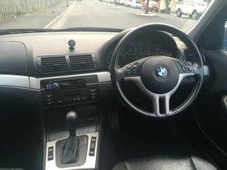 2003 BMW 318i Executive Sedan.