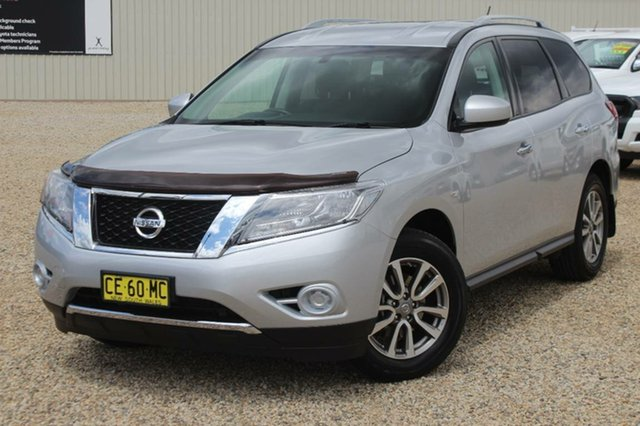 Used Nissan Pathfinder ST (4x2), Southport, 2015 Nissan Pathfinder ST (4x2) Wagon