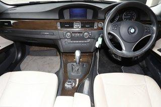 2010 BMW 320i Lifestyle Steptronic Sedan.