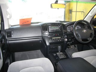 2008 Toyota Landcruiser GXL Wagon.