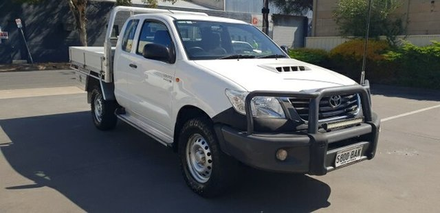Used Toyota Hilux SR (4x4), Melrose Park, 2014 Toyota Hilux SR (4x4) X Cab Cab Chassis
