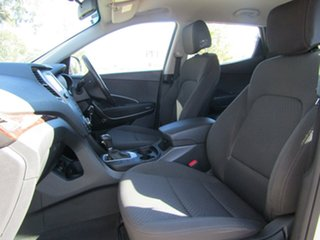 2016 Hyundai Santa Fe Active Wagon.