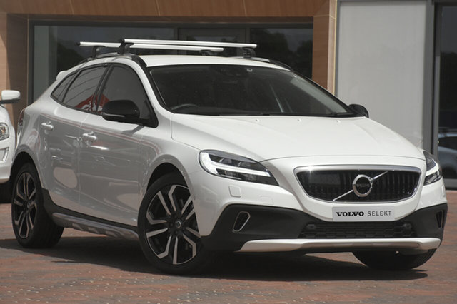 Discounted Used Volvo V40 Cross Country D4 Adap Geartronic Pro, Narellan, 2018 Volvo V40 Cross Country D4 Adap Geartronic Pro Hatchback