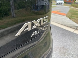 2007 Nissan Cube Axis/ Autech Sedan.