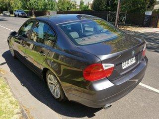 2008 BMW 320i Sedan.