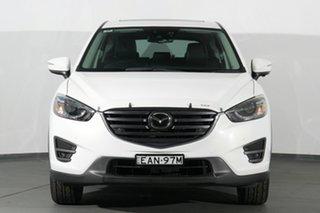 2015 Mazda CX-5 Akera SKYACTIV-Drive AWD SUV.