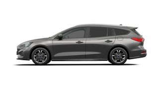 2018 Ford Focus ST-Line Wagon.