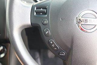 2010 Nissan Dualis ST Hatch Hatchback.