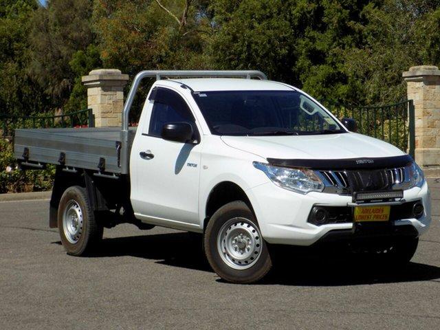 Used Mitsubishi Triton GLX 4x2, Enfield, 2015 Mitsubishi Triton GLX 4x2 Cab Chassis