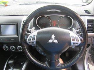 2008 Mitsubishi Outlander Luxury Wagon.