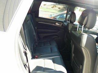 2015 Jeep Grand Cherokee Overland (4x4) Wagon.