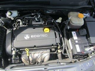 2007 Holden Astra CD Hatchback.